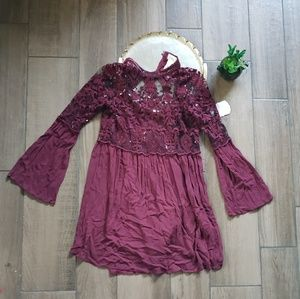 Altard State maroon bell sleeve lace mini dress S